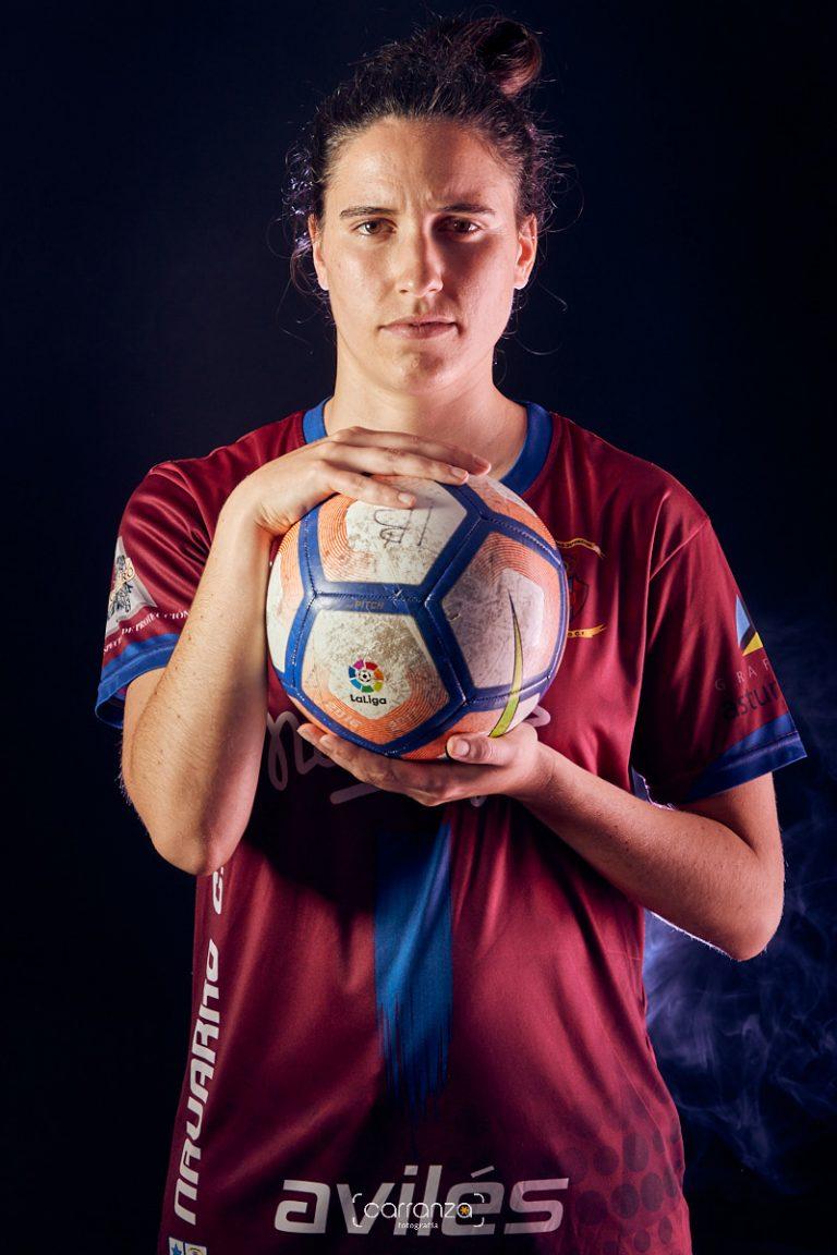 Marta Castañón . Navarro C.F.